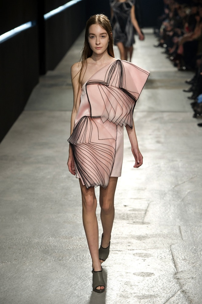 Christopher Kane Knocks It Out of the Park