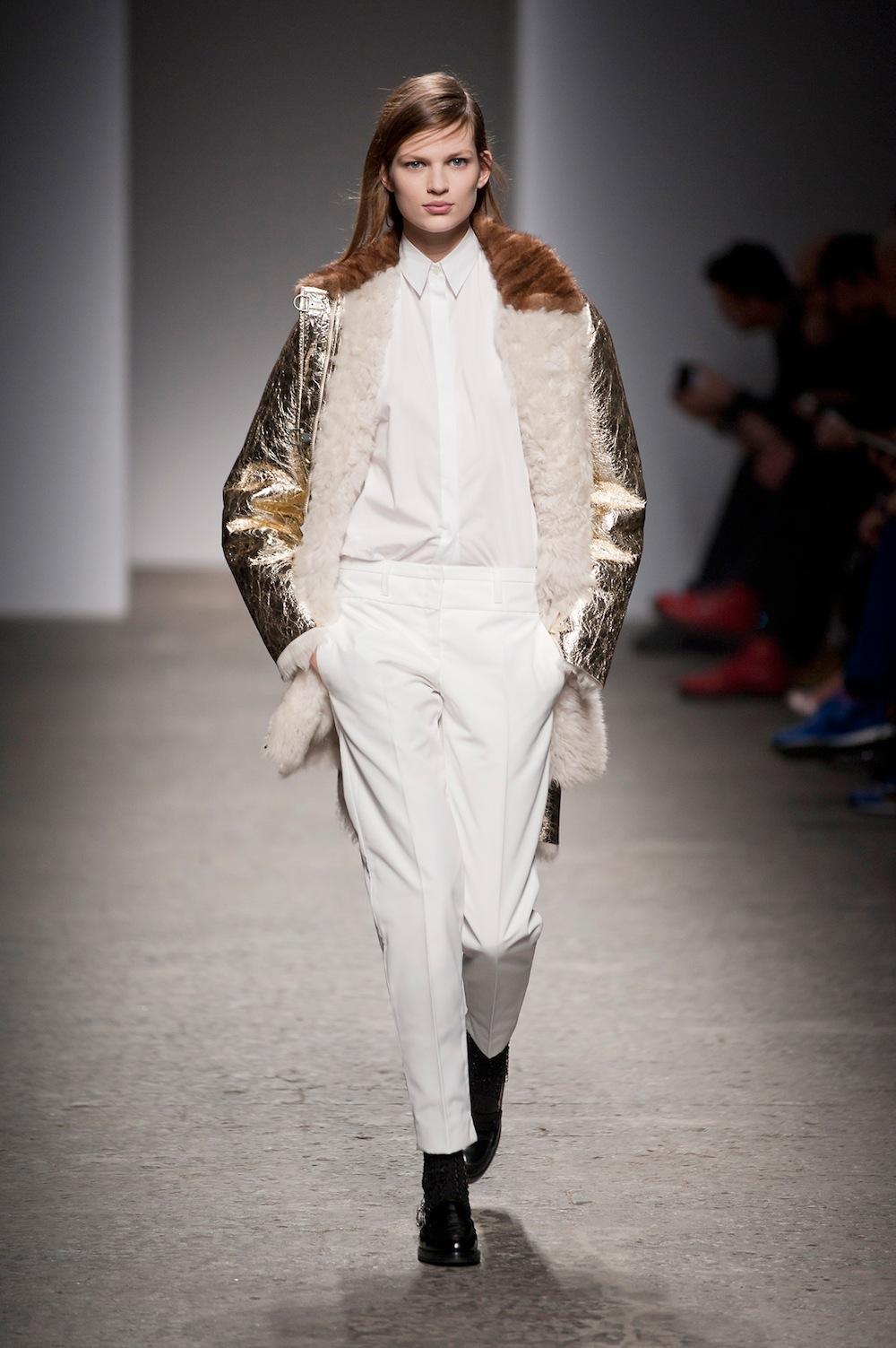 Gold Coat at No.21