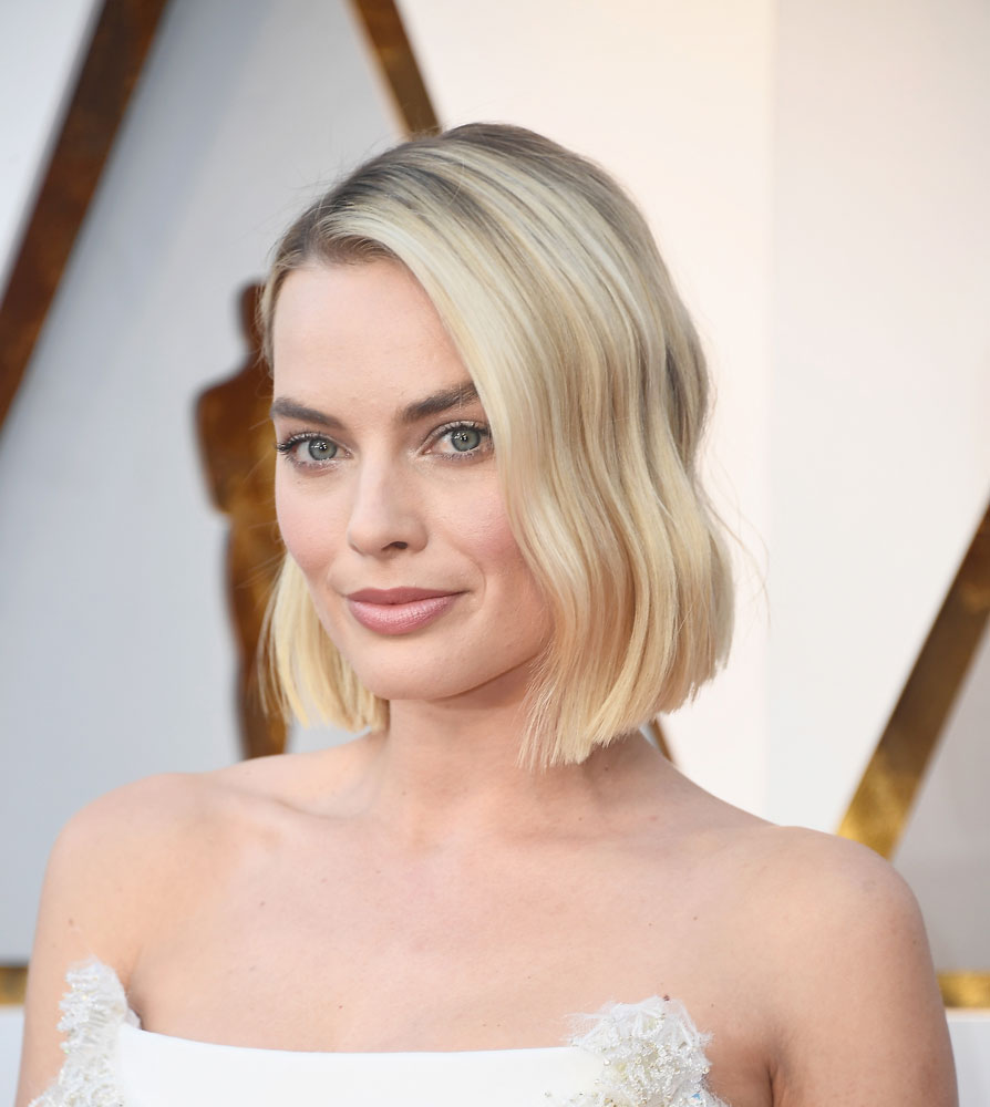 Best: Margot Robbie  The Best (and Worst!) Beauty Looks From the 2018 Oscars margot robbie