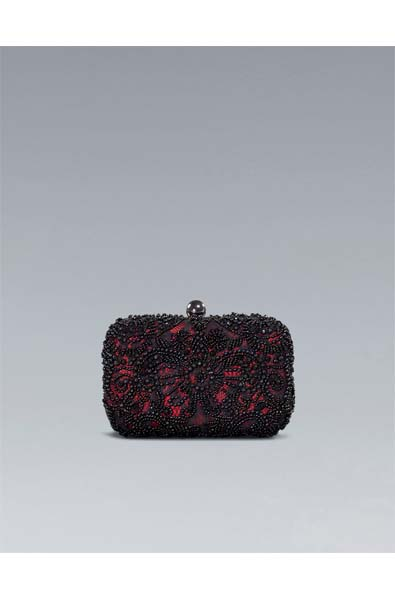 The Glamour Clutch