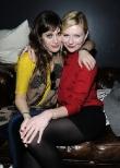 Kirsten Dunst and Lizzy Caplan