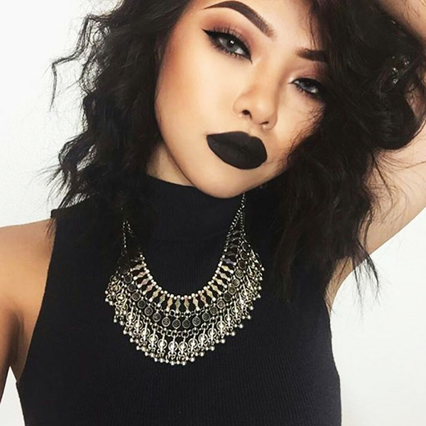 Heidis Design How To Pull Off Black Lipstick Without Looking Goth
