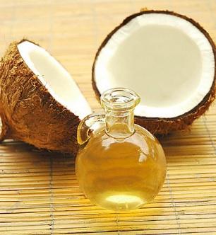 Coconut Oil and Vitamin E Hair Mask