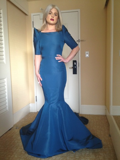Kelly Osbourne in Zac Posen for the Golden Globes