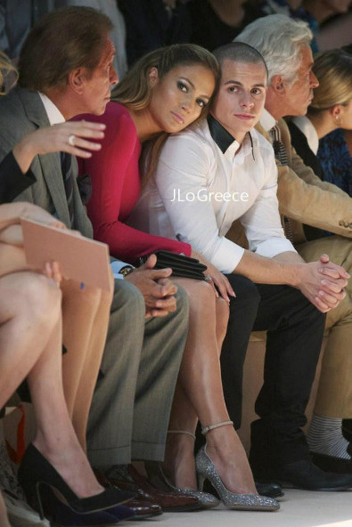 Jennifer Lopez in the Front Row at Valentino
