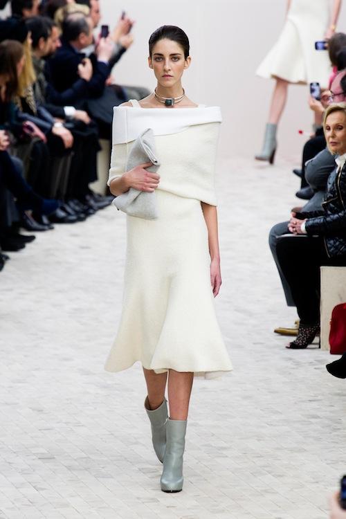 Off-the-Shoulder (Celine)