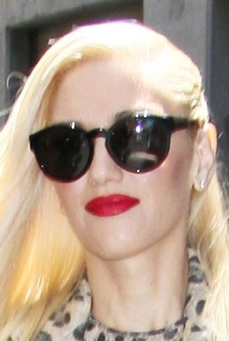 Gwen Stefani arriving at a rehearsal studio New York City cropped
