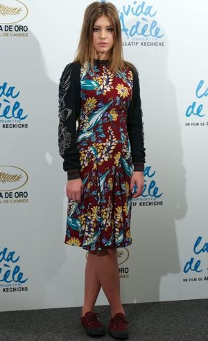 Adele Exarchopoulos-Madrid-Photocall-for-Blue-Is-The-Warmest-Color-Oct-2013