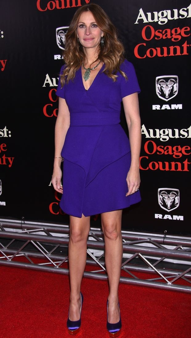 Julia Roberts Brightens Up The Red Carpet In A Purple