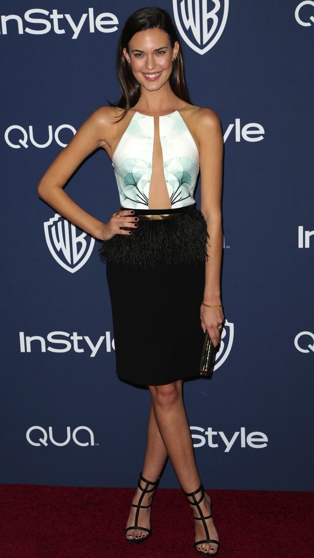 Odette Annable Strikes A Pose In An Intricate Peggy