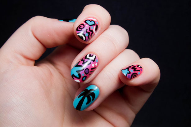 Chalkboard Nails Discovers Cultural Scenes And Gets Creative A Nail Art Diy Thefashionspot