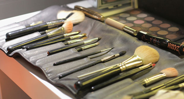 how-to-clean-makeup-brushes