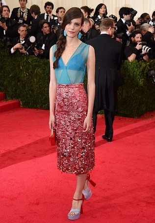 Stacy Martin wears Miu Miu on Met Gala rd carpet