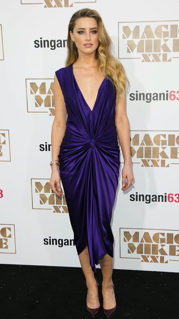 Amber Heard wears a purple Monique Lhuillier dress to the Magic Mike XXL premiere