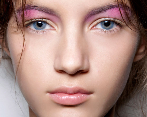 How To Wear Pastel Makeup - Thefashionspot-7717
