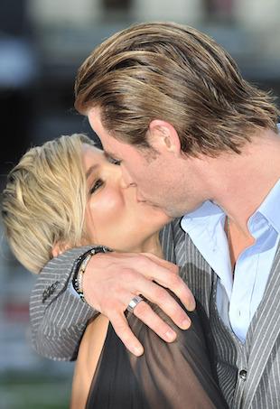 Chris Hemsworth family