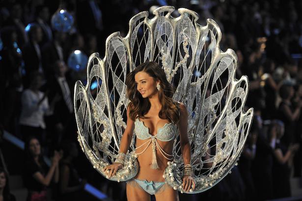 Miranda Kerr wears fantasy bra in the Victoria's Secret Fashion Show