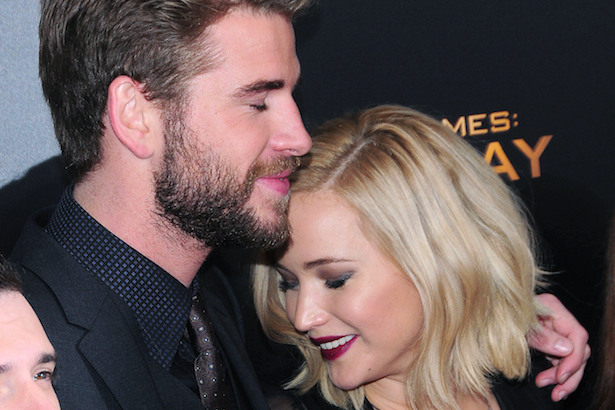 Jennifer Lawrence Hooked Up With Liam Hemsworth Off Camera