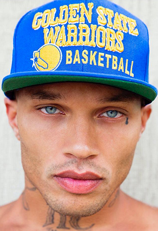 "Yesterday, White Cross Management shared Jeremy Meeks' first official headshot, with the caption, ""Our #warriors fan @jmeeksofficial ready for tipoff."""