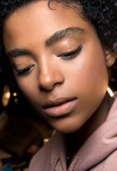 10 Genius Beauty Uses for Vaseline You Didn't Know