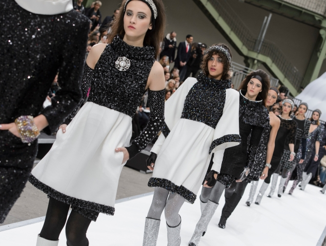 29a3d98320b Hits and Misses: Paris Fashion Week Fall 2017 - theFashionSpot