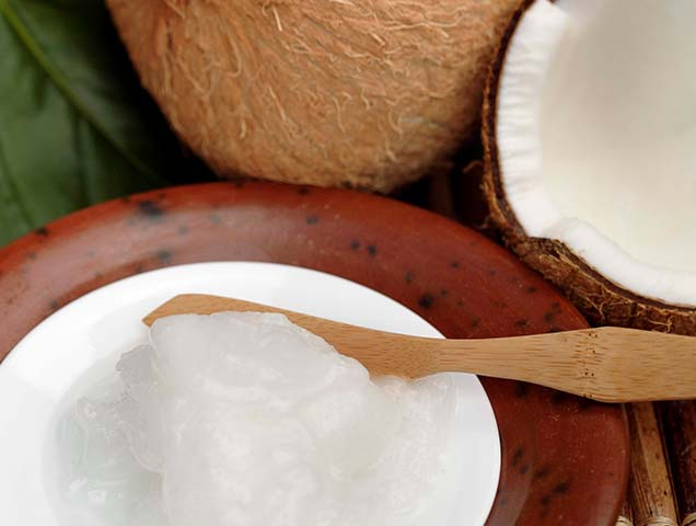 A new report by the American Heart Association says coconut oil is actually bad for you, and increases the risk of cardiovascular disease.