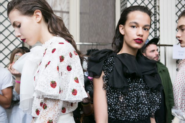 How to wear dark lips this fall as seen at Giambattista Valli Fall 2017