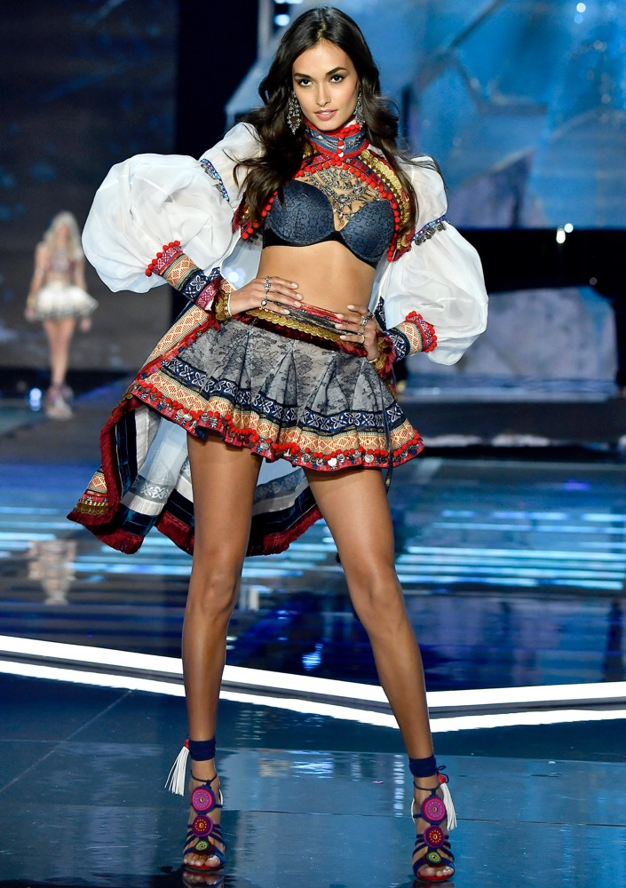 Victoria's Secret model Gizele Oliveira answers our burning questions.