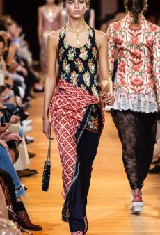 Ingenious Spring Styling Tricks Straight From the Runways