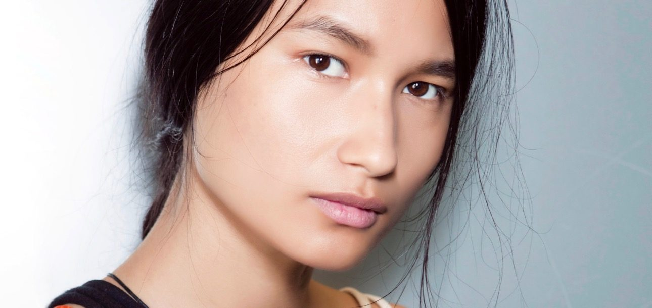 Undone Brows Are the Perfect Way to Finish Off Your No-Makeup Makeup Look