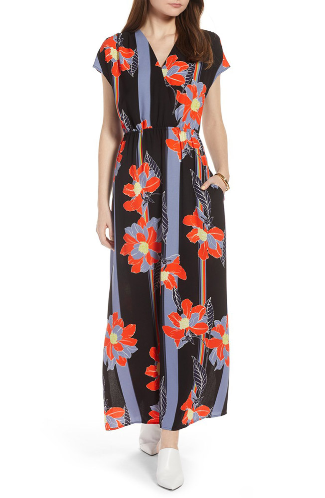 d0fe29083969 17 Petite Maxi Dresses You Don t Need to Hem - theFashionSpot