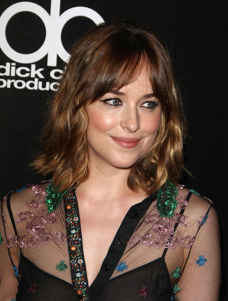42 Cool-Girl Hairstyles With Bangs - theFashionSpot