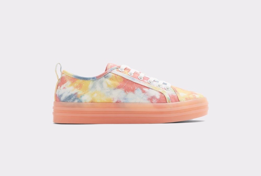 399f5d66bdb Wear the Freshest New Sneakers for Spring and Summer With Any Outfit ...