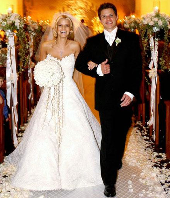 12 Best Vera Wang Wedding Dresses Of All Time Thefashionspot