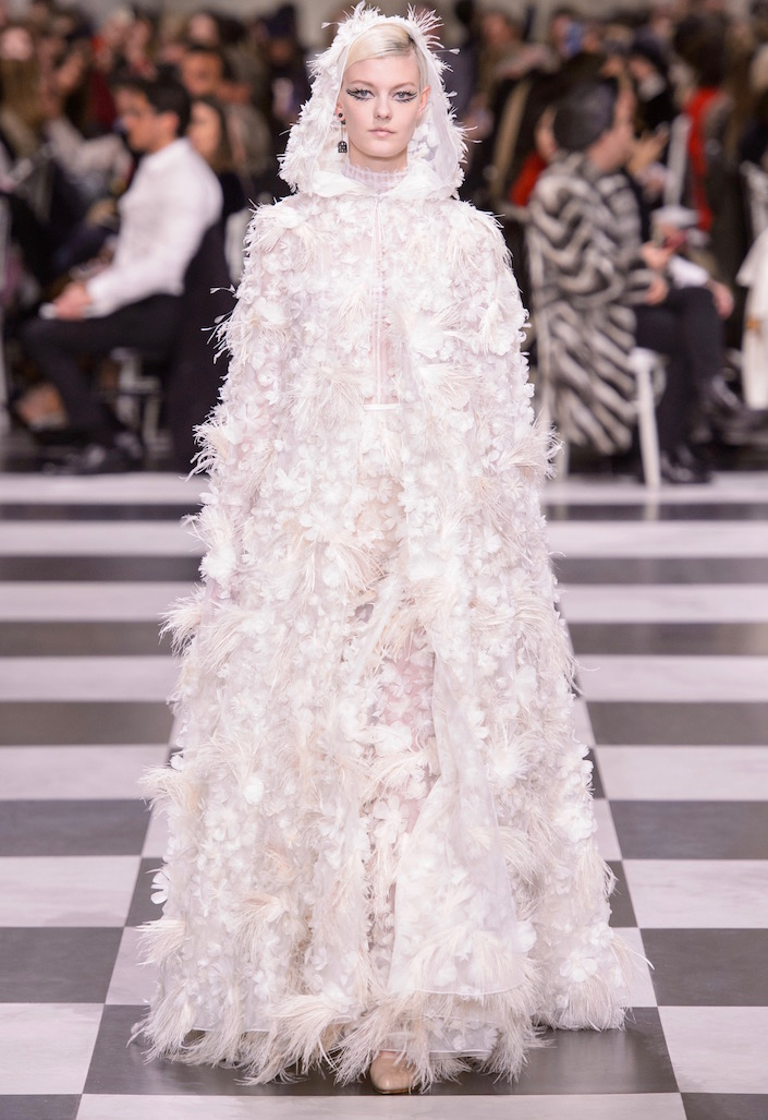 Best Wedding Dresses For Spring 2018 From The Haute Couture Shows