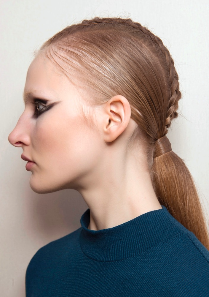Cute Easy Hairstyles Straight Off The Runway For 2018 Thefashionspot