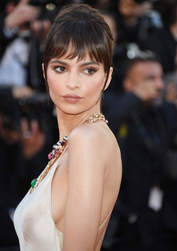 new year new bangs ways to switch up your winter fringe