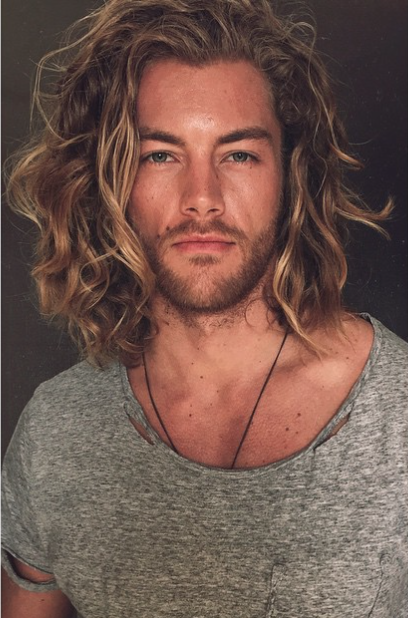 32 Gorgeous Top Male Models with Long Hair - theFashionSpot 0958a95b9153