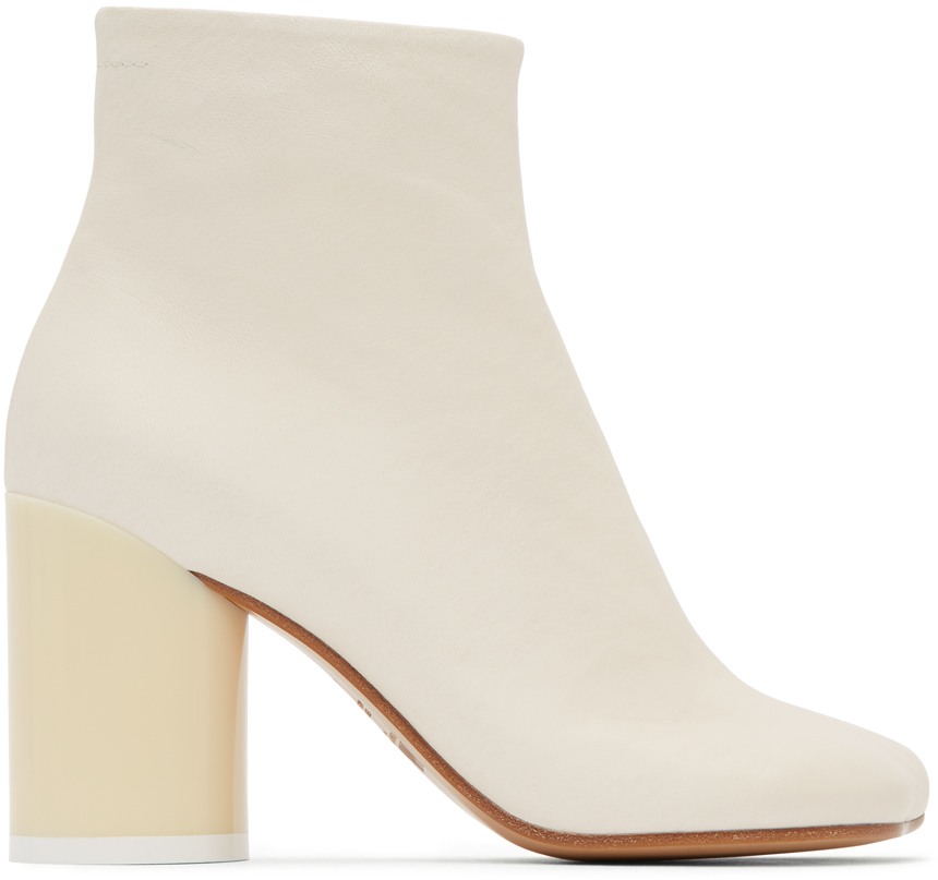 اطلالاتك الخريفية 2020 MM6-Maison-Margiela-Off-White-Ankle-Boots.jpg