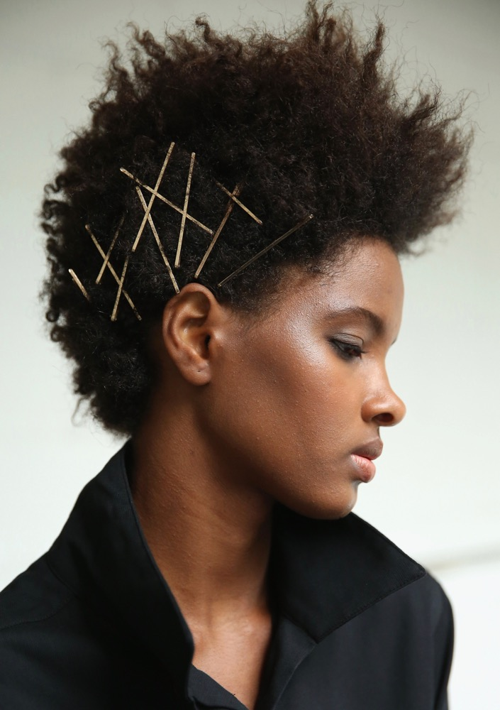 19 Runway-Approved New Year\'s Eve Hair Looks - theFashionSpot