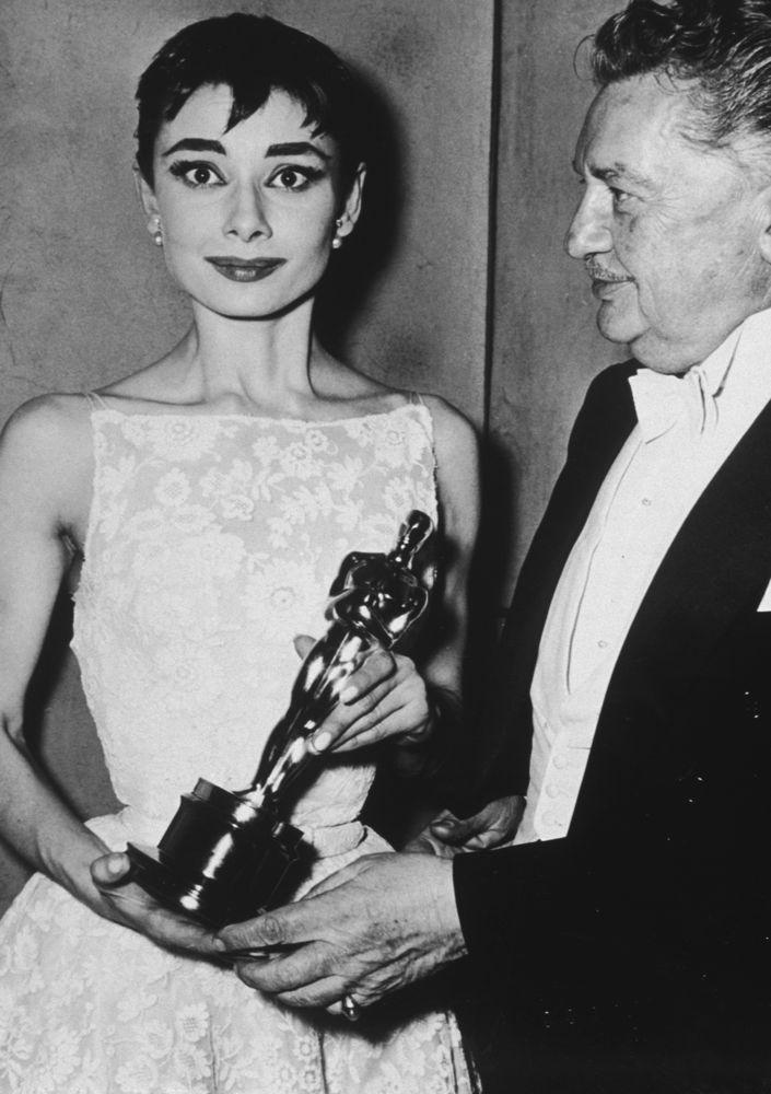 Vintage Oscar Dresses