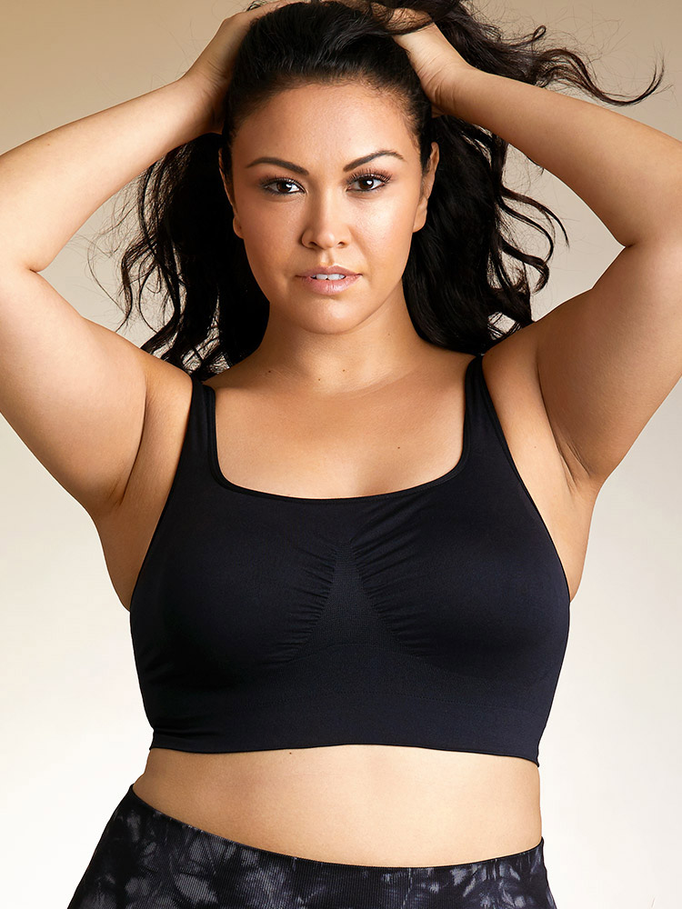 Hips & Curves  8 Bralettes for When You Just Can't Deal With Underwires 09 hips curves