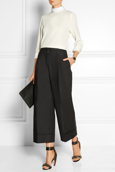 551849d9b5f9 20 Interview Outfit Staples That Will Help You Land Your Dream Gig ·  Cordelia Tai July 1st